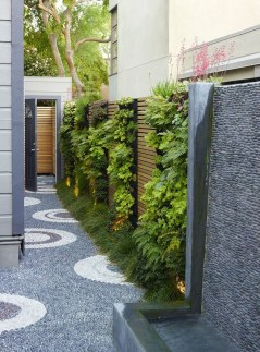 Cool Garden Fence Decoration Ideas To Try This Year 35