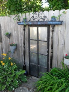 Cool Garden Fence Decoration Ideas To Try This Year 36