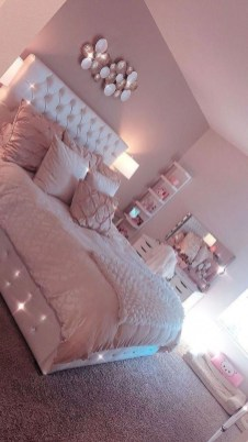 Cute Teen Girl Bedroom Design Ideas You Need To Know 38