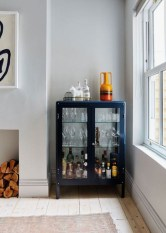 Elegant Mini Bar Design Ideas That You Can Try On Home 15