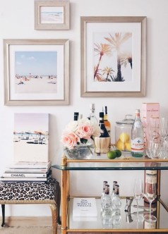 Elegant Mini Bar Design Ideas That You Can Try On Home 43