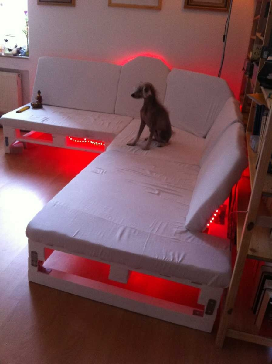 Fancy Diy Ideas To Make Bed Place From Pallet Project 12