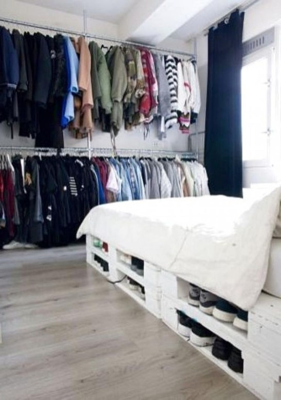 Fancy Diy Ideas To Make Bed Place From Pallet Project 13