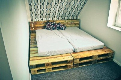 Fancy Diy Ideas To Make Bed Place From Pallet Project 16