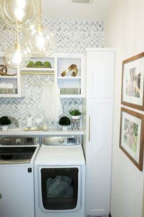 Fascinating Small Laundry Room Design Ideas 30