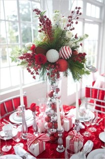 Hottest Christmas Table Decorating Ideas For You 29