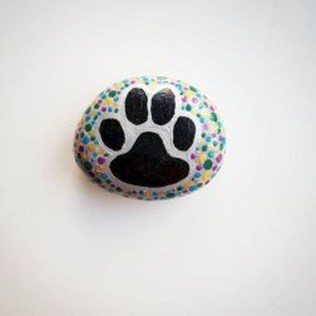 Magnificient Diy Painted Rocks Ideas With Animals Dogs For Summer 08