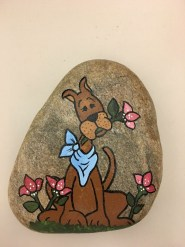 Magnificient Diy Painted Rocks Ideas With Animals Dogs For Summer 11