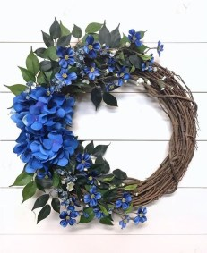 Pretty Summer Wreath Decor Ideas For Front Door 03