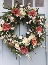 Pretty Summer Wreath Decor Ideas For Front Door 11
