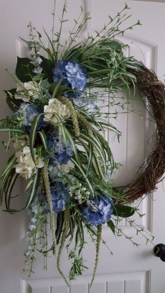 Pretty Summer Wreath Decor Ideas For Front Door 25