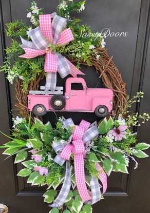 Pretty Summer Wreath Decor Ideas For Front Door 27
