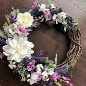 Pretty Summer Wreath Decor Ideas For Front Door 30