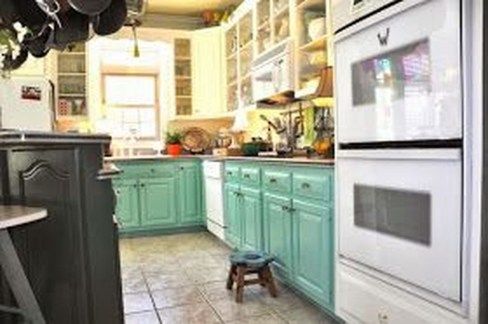 Unique Painted Kitchen Cabinets Design Ideas With Two Tone 09