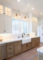 Unique Painted Kitchen Cabinets Design Ideas With Two Tone 33