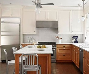 Unique Painted Kitchen Cabinets Design Ideas With Two Tone 35