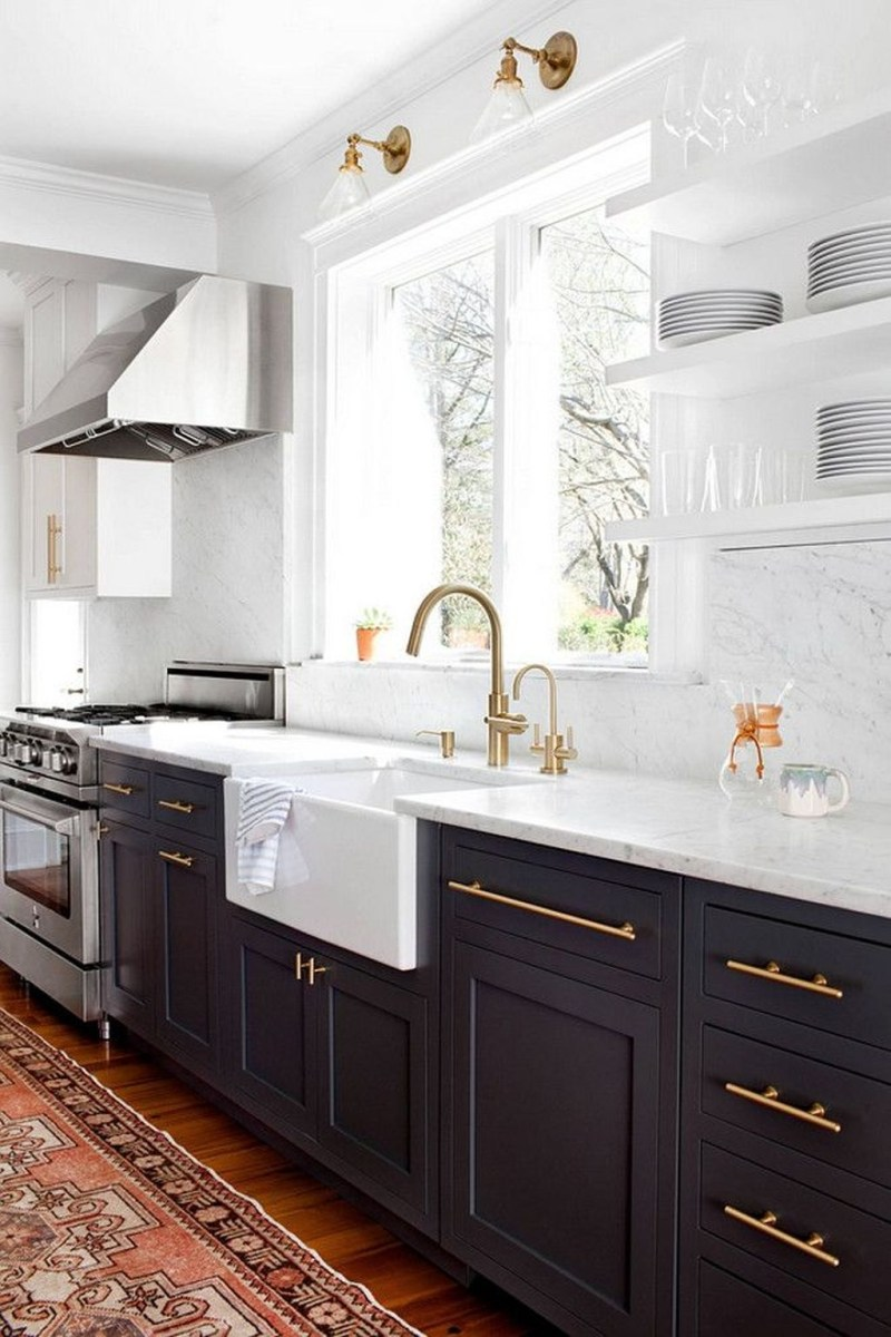Unique Painted Kitchen Cabinets Design Ideas With Two Tone 42