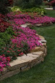 Attractive Border Garden Ideas To Your Landscaping Edging 19