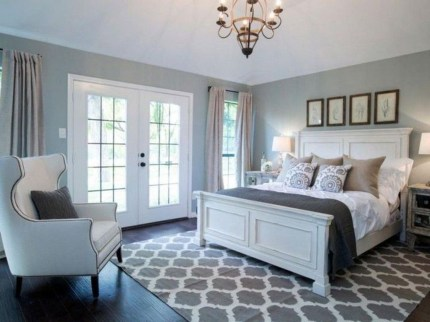 Classy Farmhouse Bedroom Ideas To Try Right Now 42