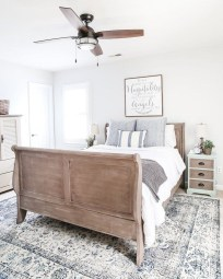 Classy Farmhouse Bedroom Ideas To Try Right Now 47