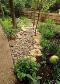 Cozy Rock Garden Landscaping Ideas For Make Your Yard Beautiful 30