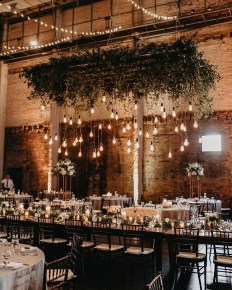 Splendid Wedding Decorations Ideas On A Budget To Try 19