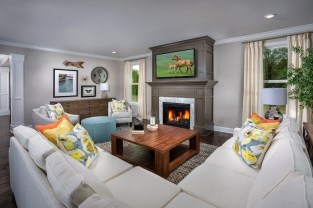 Superb Warm Family Room Design Ideas For This Winter 17