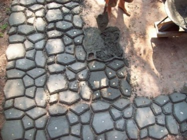Unordinary Diy Pavement Molds Ideas For Garden Pathway To Try 11