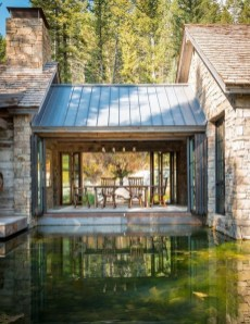 Attractive Lake House Decorating Ideas For You 01