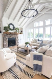Attractive Lake House Decorating Ideas For You 28