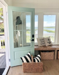 Attractive Lake House Decorating Ideas For You 30