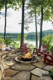 Attractive Lake House Decorating Ideas For You 39