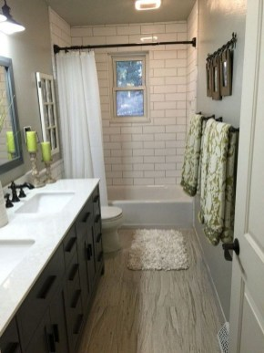 Hottest Small Bathroom Remodel Ideas For Space Saving 24