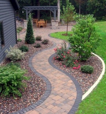 Popular Garden Path And Walkway Ideas To Your Outdoor Space 09