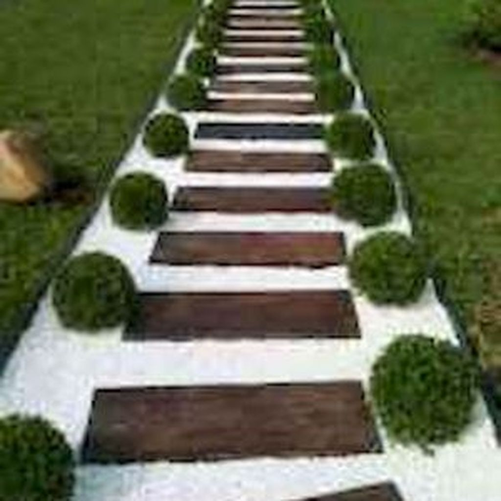 Popular Garden Path And Walkway Ideas To Your Outdoor Space 17