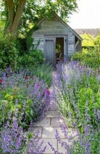 Popular Garden Path And Walkway Ideas To Your Outdoor Space 24