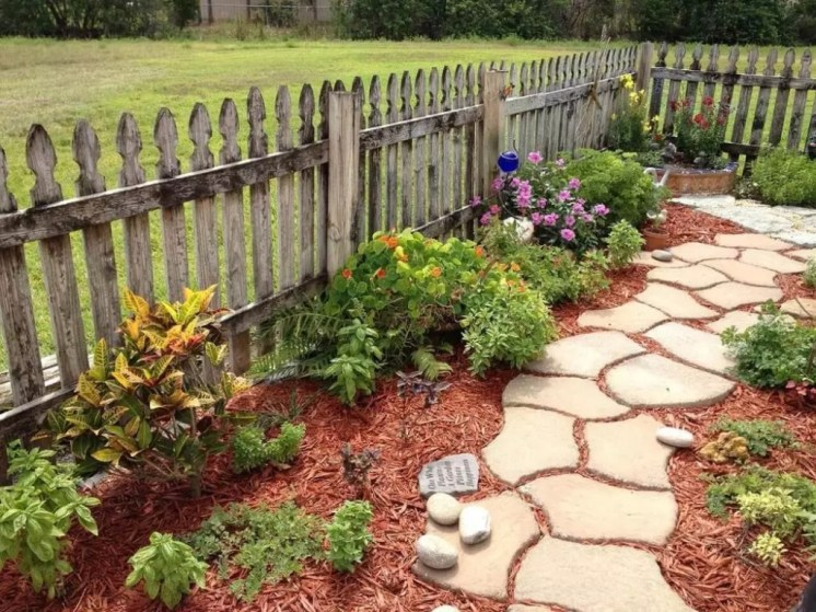 Popular Garden Path And Walkway Ideas To Your Outdoor Space 40