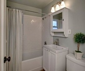 Smart Cape Cod Bathroom Design Ideas For You 27