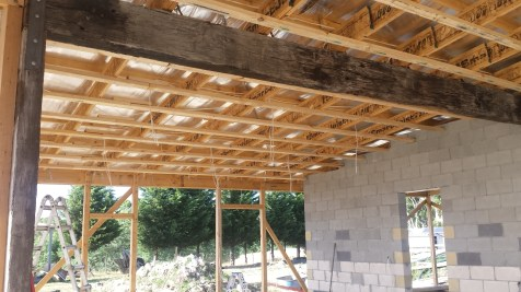 Electrical wiring and roof battens in the main area
