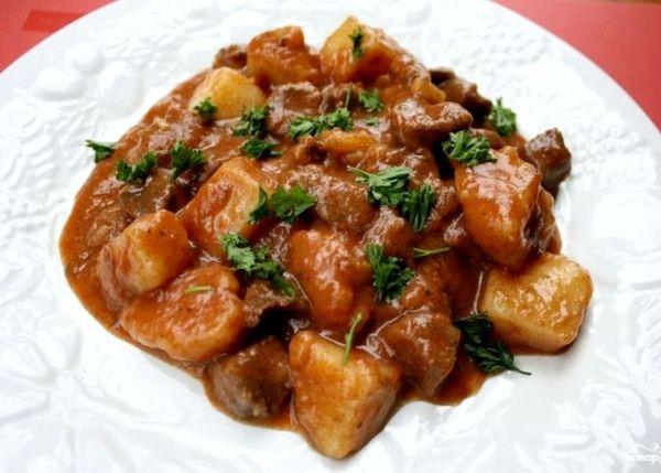 Рецепт жареная свинина с луком на сковороде