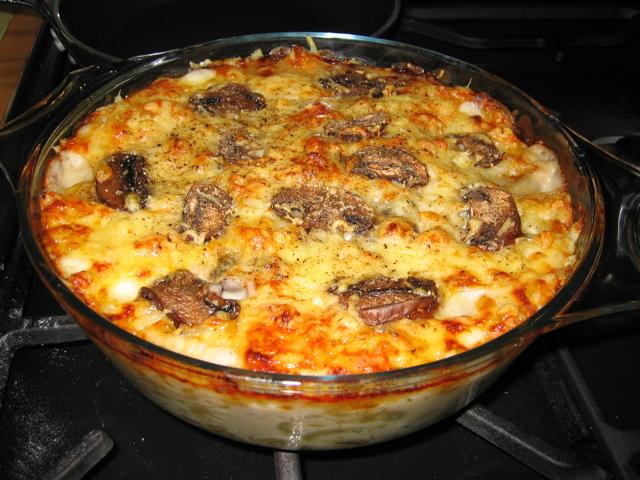 cauliflower, macaroni and mushroom cheese