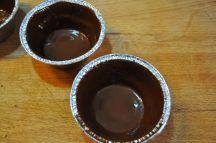 Cestini di cioccolato con lamponi e mirtilli (12)