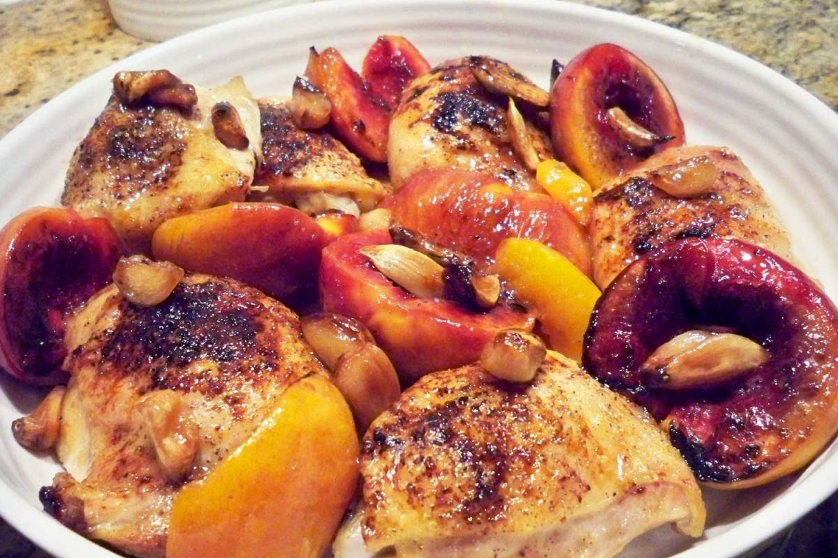 Garlic Chicken Thighs with Roasted Nectarines