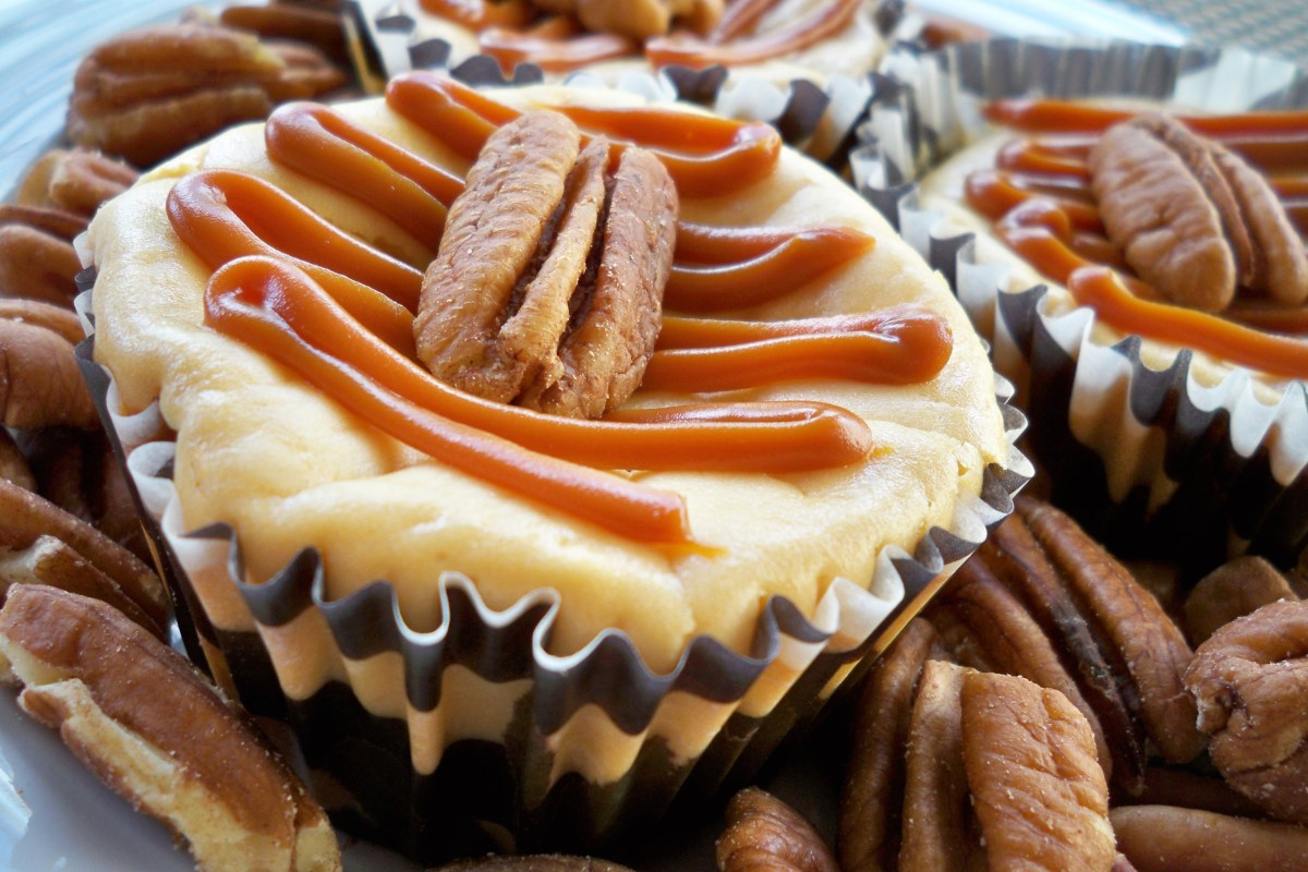 Mini Dulce de Leche Cheesecakes