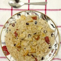 Apple Cinnamon Stovetop Oatmeal For One