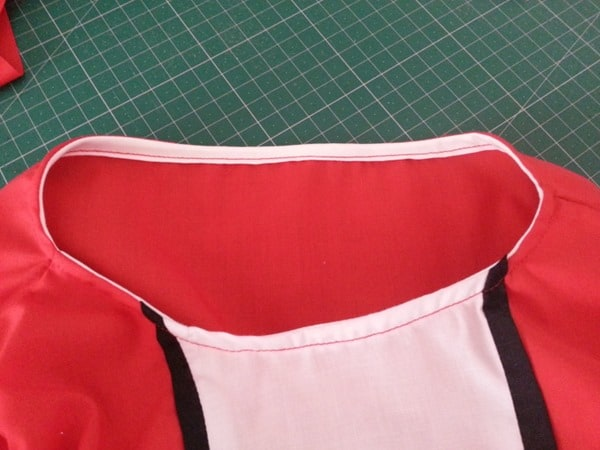 Sew a Queen of Hearts Dress (14)