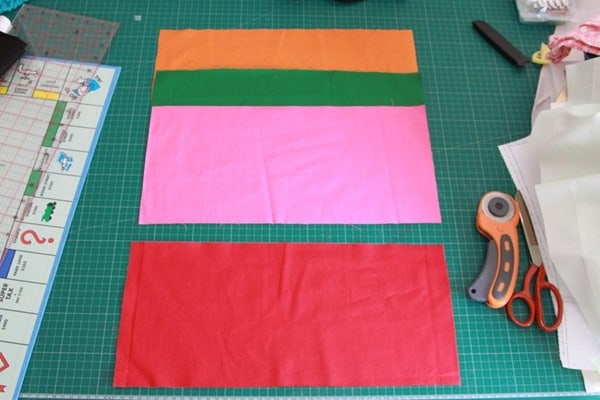 How to sew a monopoly floor cushion or stool (8)