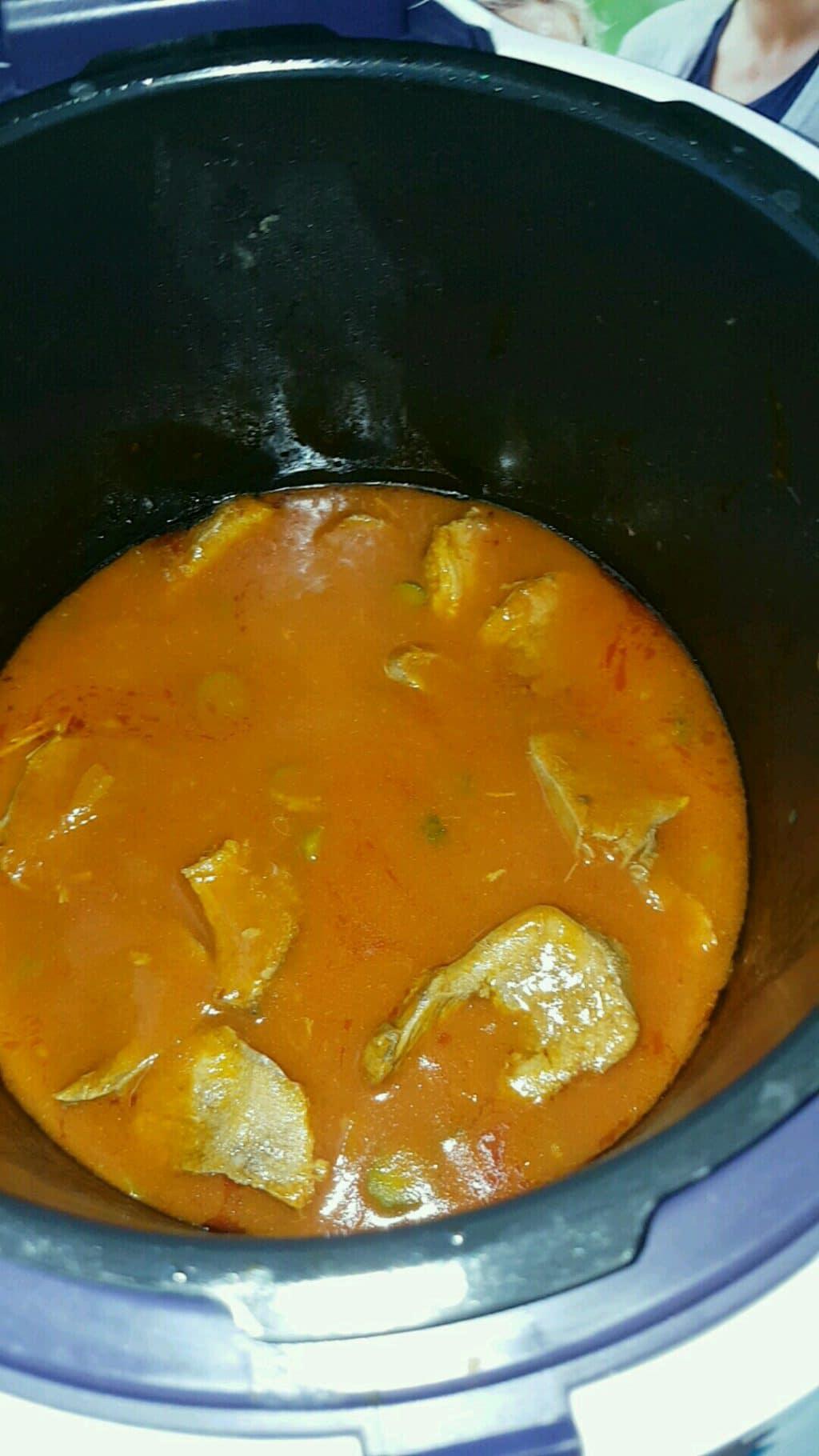 Langue de b uf sauce tomate cornichon recettes cookeo - Comment cuisiner la langue de boeuf ...