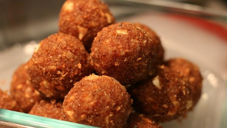 Ari Unda – Traditional Kerala Recipe – Cooking Video