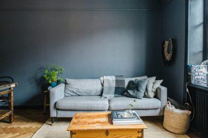 denim-drift-grijs-blauwe-muren-woonkamer-2-1024x683